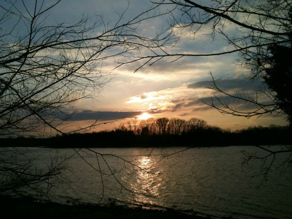 Image of sunset on Percy Priest Lake